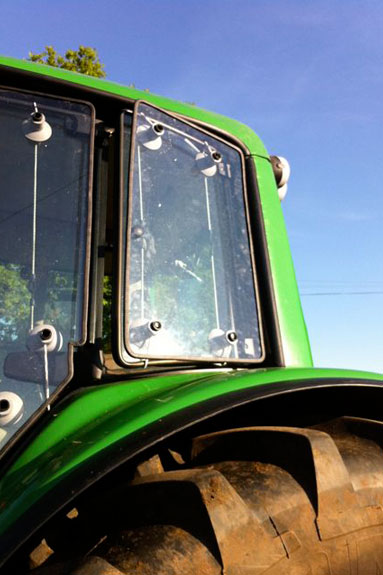 Broken Tractor Windshield : Tractor guard window protection system progressive dairyman