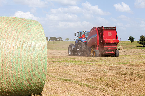 Correct round bale core and shell density - Progressive Forage