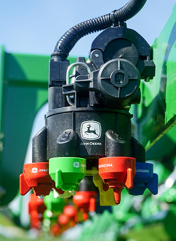 John Deere spray nozzle