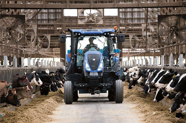 New Holland tractor T6
