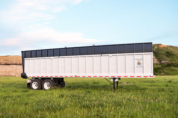 North Star Tuff silage trailer
