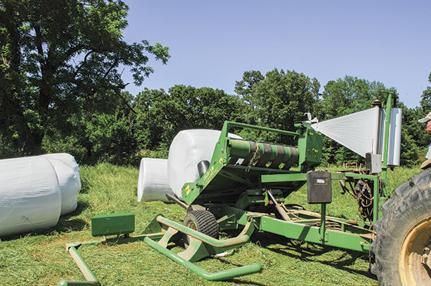 Bale wrapping: How late is too late? - Progressive Forage