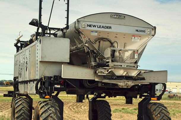 New Leader Manufacturing NL5000 G5 Crop Nutrient Applicator
